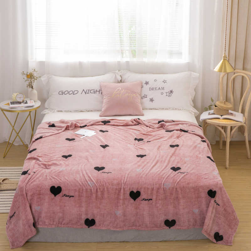 Love bedspread blanket 200x230cm High Density Super Soft Flannel Blanket to on for the sofa/Bed/Car Portable Plaids
