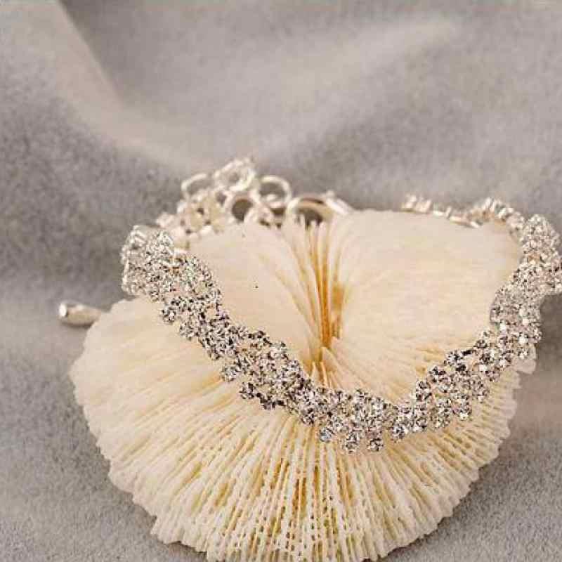 2019 رفوف جديدة مجوهرات الأزياء الساخن تألق الكريستال شكل متموج العروس سحر سوار المرأة مجوهرات الشاطئ نمط الجملة