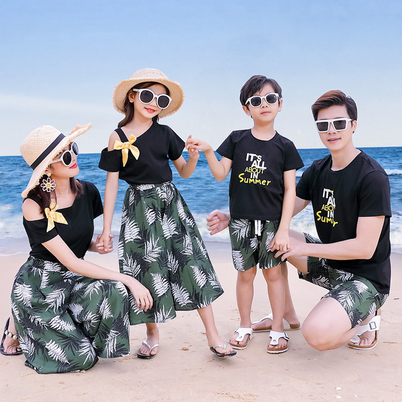 Matching Family Outfits Summer Mum Daughter Dad Son Cotton T-shirt +Pants Holiday Seaside Beach Couples Matching Clothing