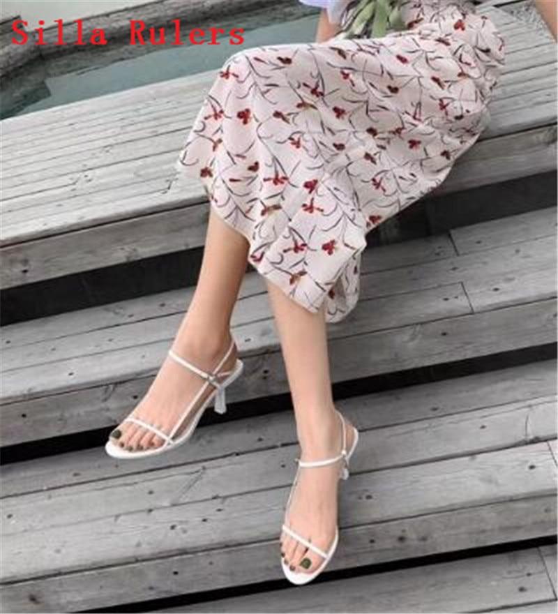 Moda Fina Banda Palavra Sandálias Das Mulheres 2019 Sandálias Gladiador Das Mulheres de Couro Simples sapatos de Salto Alto Verão Sapatos Mulher sandalias mujer - 2