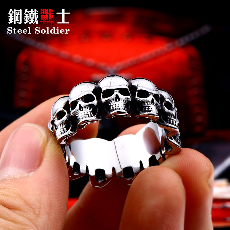 Steel soldier punk cycle skull ring stainless steel smooth punk rock biker titanium steel gift jewelry for men