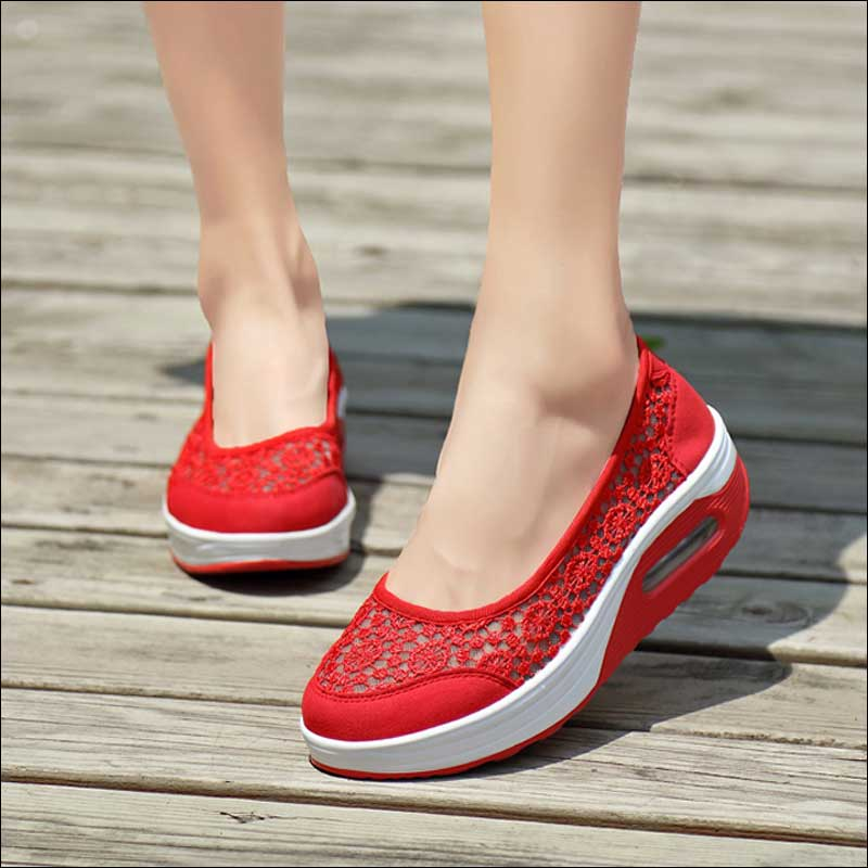 2020 Summer Women Flat Platform Shoes Woman Breathable Mesh Casual Shoes Moccasin Zapatos Mujer Ladies Boat Shoes Black Blue Red