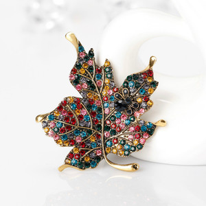 Colorful Maple Leaf Shaped Brooch Pins Clothes for Women Wedding Rhinestone Leaves Pins and Broches Metal Badges Brooch Jewelry