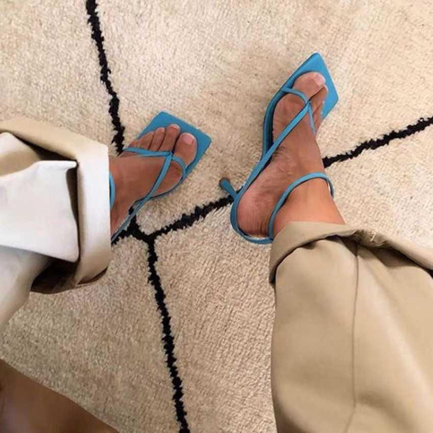 Sandalias de verano para mujer de banda estrecha Vintage de punta cuadrada tacones altos hebilla correa de tacón alto sandalias de mujer con cuello en V zapatos de diseñador de mujer
