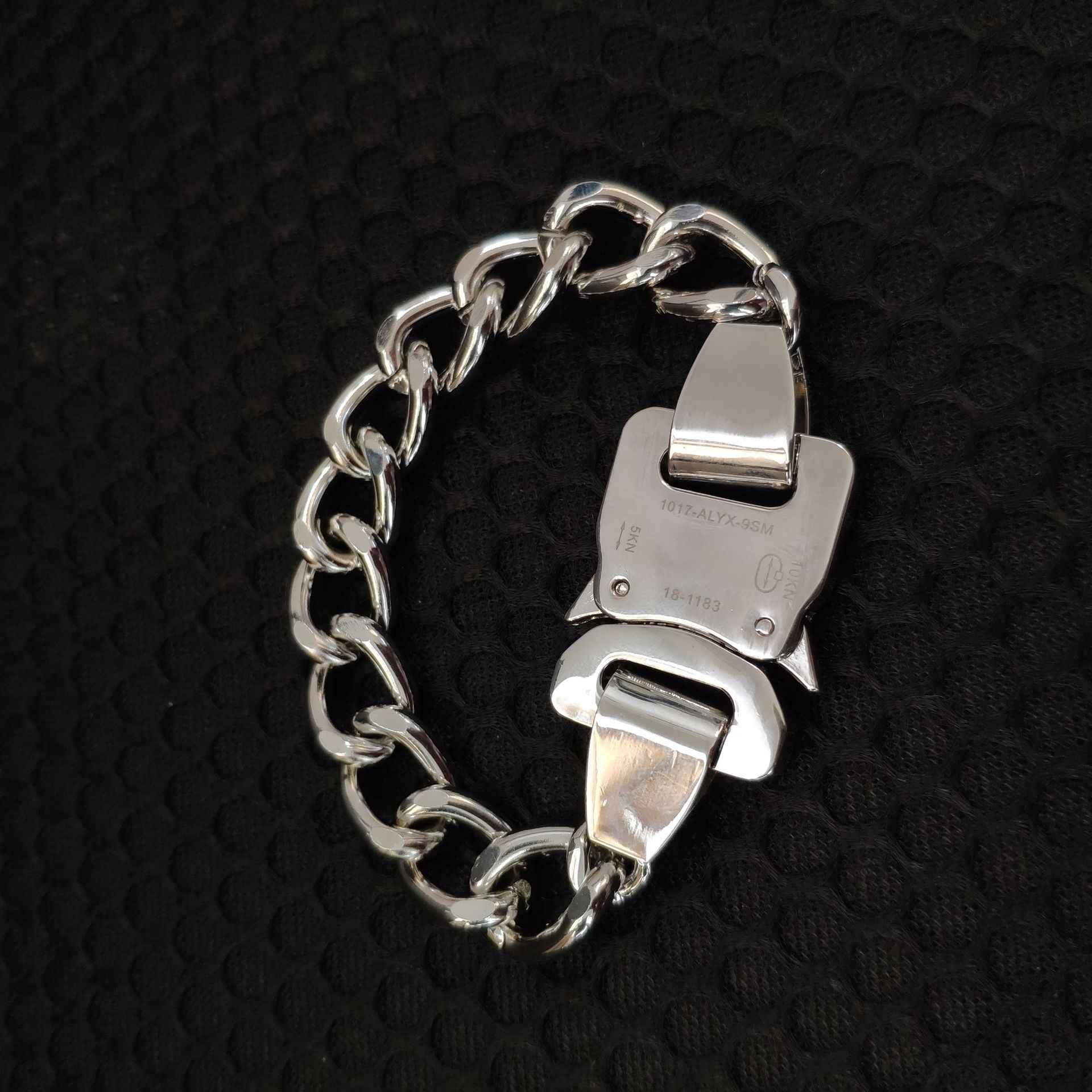 2019 Nieuwste Metalen Ketting ALYX ketting Armband riemen AMBUSH Hip Hop Mannen Vrouwen Outdoor ALYX Straat Accessoires