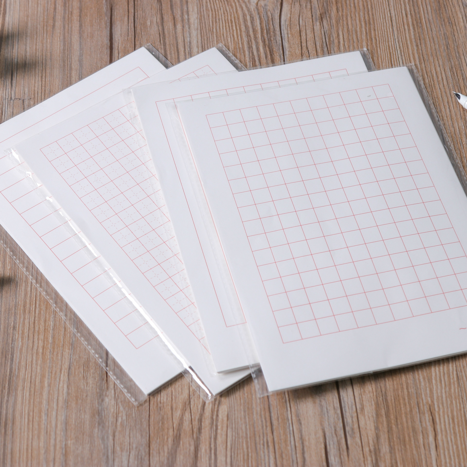 Europe And Korea Stationery B5 Pen Calligraphy Paper Swastika Grid Lined Grid Lian Zi Zhi Lined Notebook Wholesale Customizable