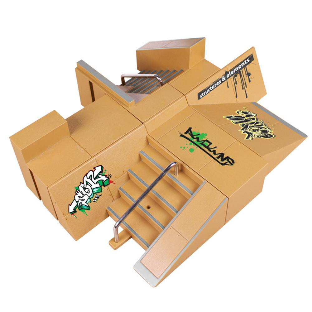 Kids Professional Ramp Deck Mini Finger Board Skateboard Skatepark Model Toy