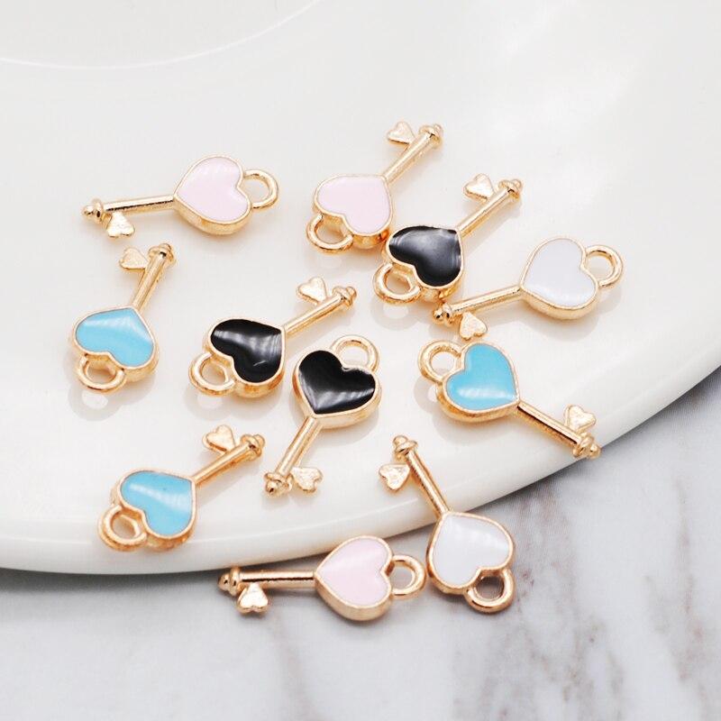 30pcs/lot New Heart Shape Key Enamel Pendant Carousel Charms for DIY Bracelet Necklace