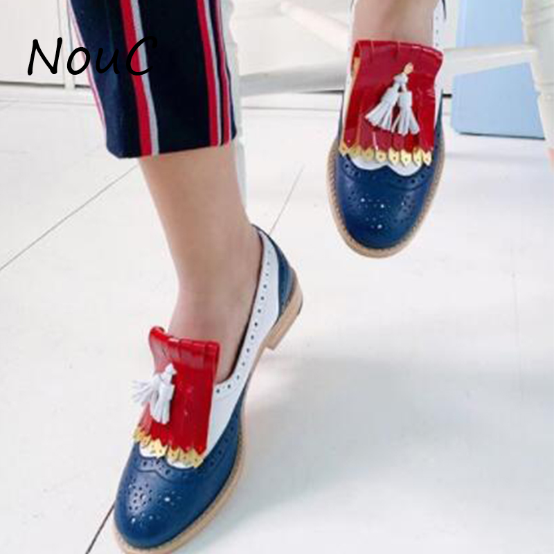 NouC Plus Size Women Brogue Shoes Flat Platform Autumn England Ladies Shoes Oxfords 2020 Cut-Outs Lace Up Casual Female Footwear