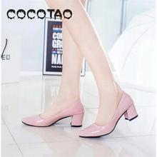 In The Spring And Summer New White High Heel Shoes With Thick With Shallow Mouth 6 Cm Shiny Point Pair21