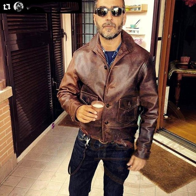 YR!Free shipping.winter warm Vintage classic casual genuine leather coat,mens oli Waxed cowhide jacket.cossack style.quality