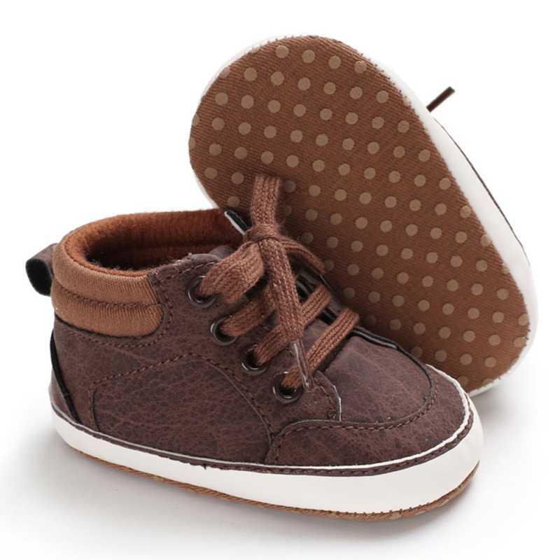 รองเท้าเด็กรองเท้าผ้าใบคลาสสิกใหม่ทารกแรกเกิดรองเท้าเด็ก Prewalker First Walkers เด็กรองเท้าเด็กแรก Walkers หนัง