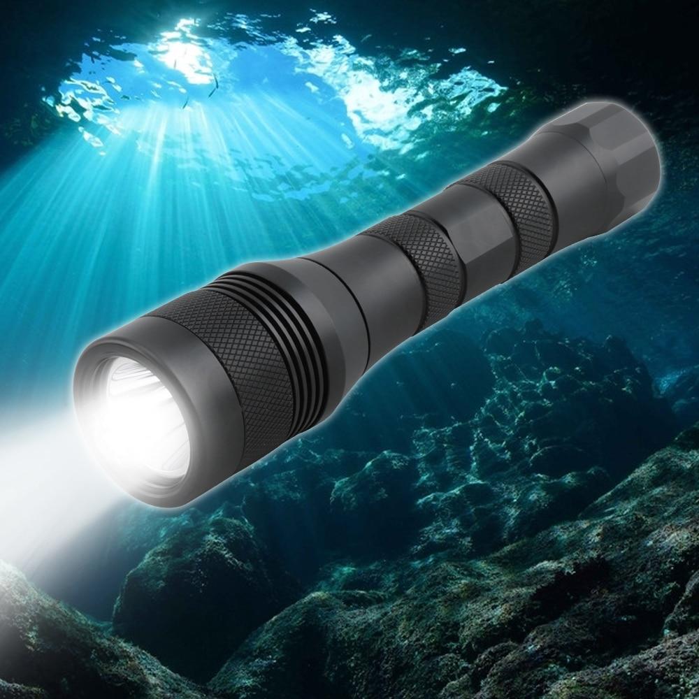 BORUiT Super Bright XM-L2 LED Scuba Diving Flashlight Underwater 150M Torch Diver Lantern Submarine Light For Spearfishing Light
