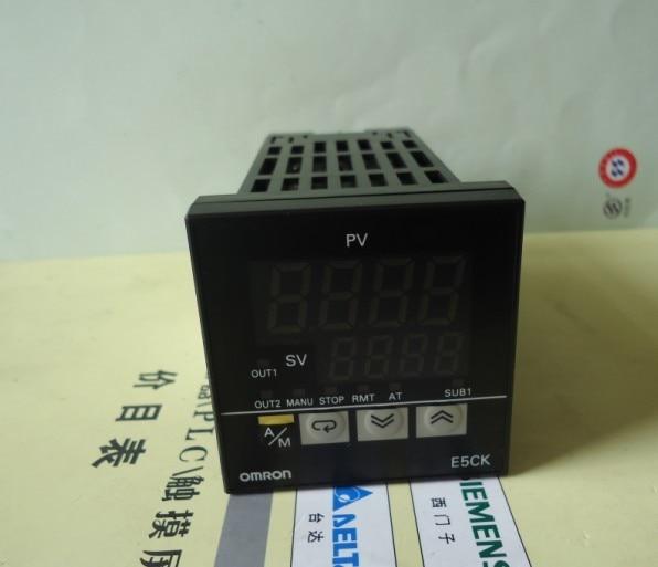 New Original  OMRON Thermostat E5CK-TAA1-500