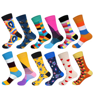 Image 4 - LIONZONE 12Pairs/Lot Men Funny Colorful Combed Cotton Socks Dozen Pack Oil Painting Character Casual Dress Wedding Happy Socks