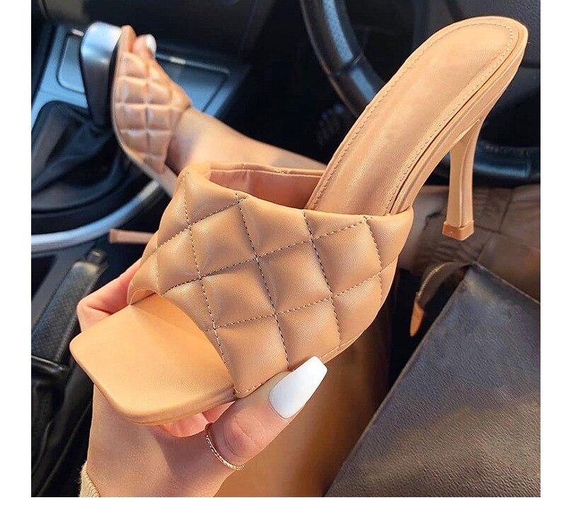 Sandalias vintage de punta cuadrada, zapatos de tacón alto de mujer ZUECO ARMONIAS TACÓN TRACK
