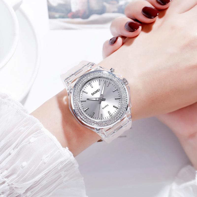 SKMEI Fashion Quartz Women Watches 5bar Waterproof LED Backlight Rhinestone Inlaid Dial Transparent Case Strap Reloj Mujer 1553