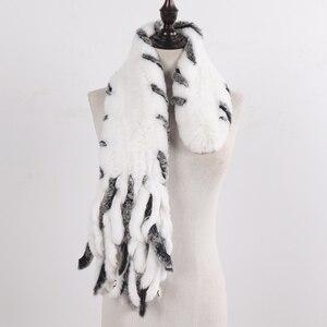 Image 2 - Nouvelle dame tricoté réel Rex fourrure de lapin gland écharpes femmes hiver chaud naturel Rex fourrure de lapin silencieux épais tricot véritable fourrure écharpe