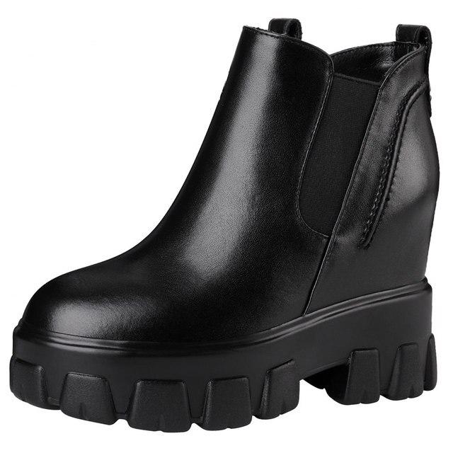 женские туфли на платформе и высоком каблуке черные повседневные фотография