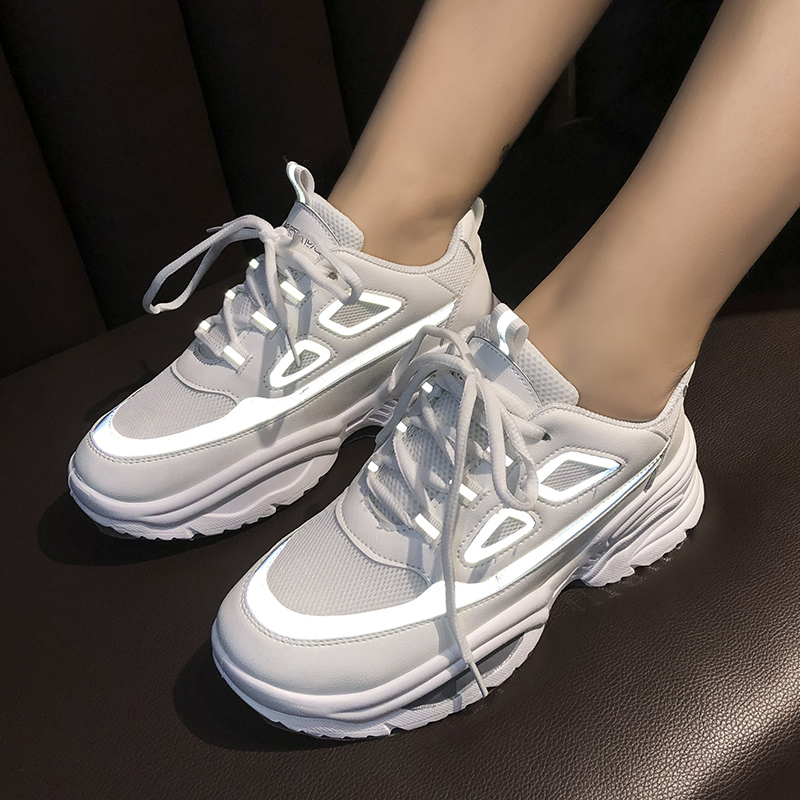 Ladies Fashion Luminous Reflective Casual Sneakers Low-top Mesh Breathable Walking Shoes Spring Large Size Women's Shoes U17-42