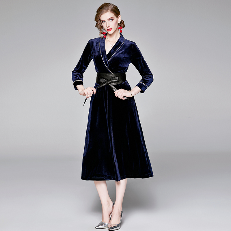 2019 autumn and winter models European and American style fashion velvet diamond dress with belt