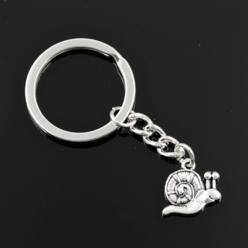 New Fashion Men 30mm Keychain DIY Metal Holder Chain Vintage Garden Snail 16x18mm Silver Pendant Gift