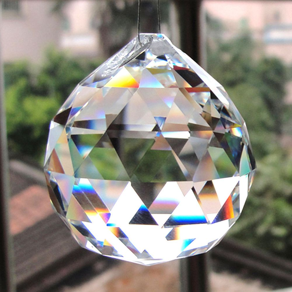 1pcs Hot Sale 20mm Clear Crystal Lighting Ball Feng Shui Lamp Ball Prism Rainbow Sun Catcher Wedding Party Decor Free Shipping