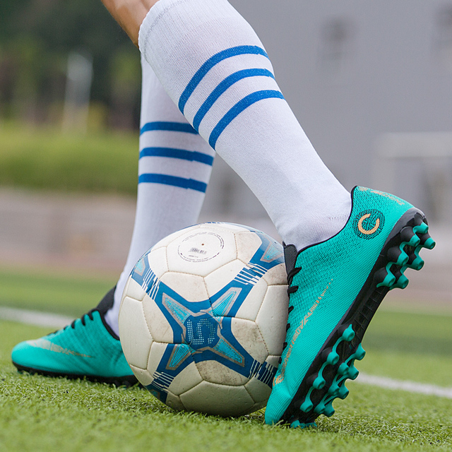 Football Cleats Shoes Gold Silver Men Soccer Training Sneakers Breathable Football Soccer Cleats Boys Girls Sneakers Soccer