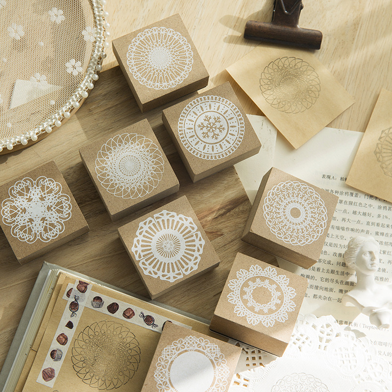 Vintage Lace Printing Decoration Round Stamp Wooden Rubber Stamps For Scrapbooking Stationery DIY Craft Standard Stamp