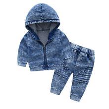 Nowa odzież dziecięca przystojny denim garnitur 1 2 3 4 lat maluch chłopiec dziewczyna jesień moda denim chłopiec kurtka + spodnie tanie tanio CN (pochodzenie) MANDARIN COLLAR Zestawy Pojedyncze piersi Poliester COTTON Unisex Pełna REGULAR Pasuje prawda na wymiar weź swój normalny rozmiar