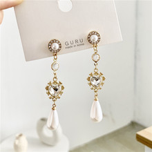 цена на Gold Heart crystal pearl drop earrings with zinc alloy for women bohemian gold crystal earrings pearl earrings jewelry wholesale