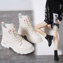 جديد 2020 النساء حذاء من الجلد بولي Leather الجلود الدانتيل متابعة الخريف الشتاء أحذية امرأة أسافين الإناث أحذية بوت قصيرة السيدات بوتاس SH09061