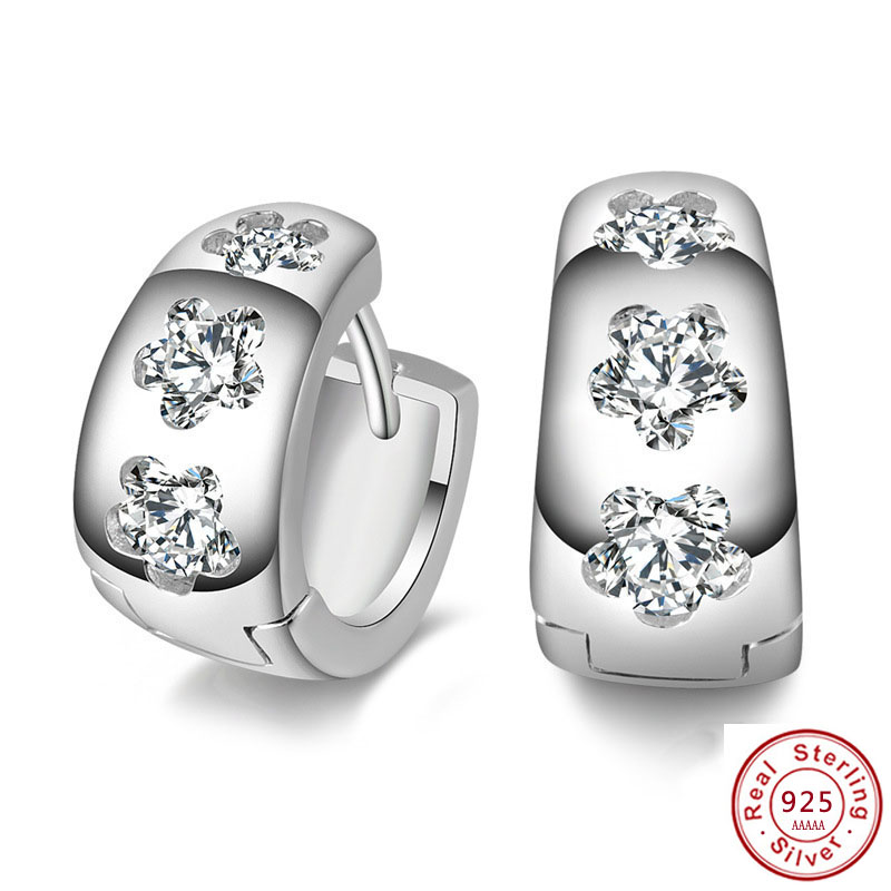 "2019 HOt selling 925 sterling silver filled stud earrings jewelry luxury Rhinestone inlaid ""U""design earrings women brincos cute(China)"