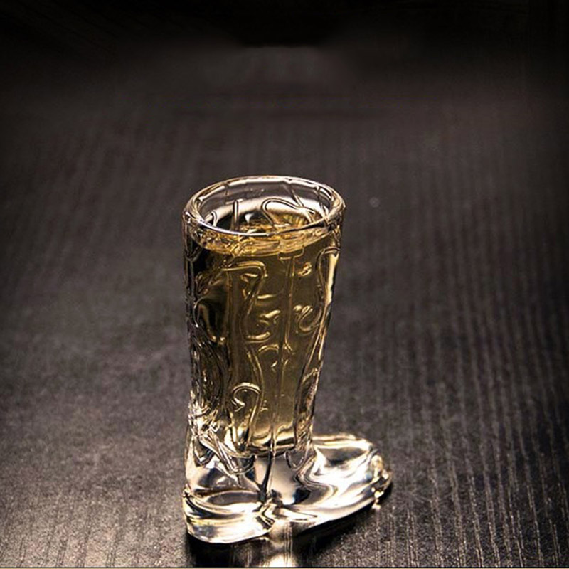 RUIDA 2pcs/set Glass Cup 20ml Crystal Shoes Glass Wine Vodka Bottle Home Bar Mug Beer Wine Champagne Party Glass GL30