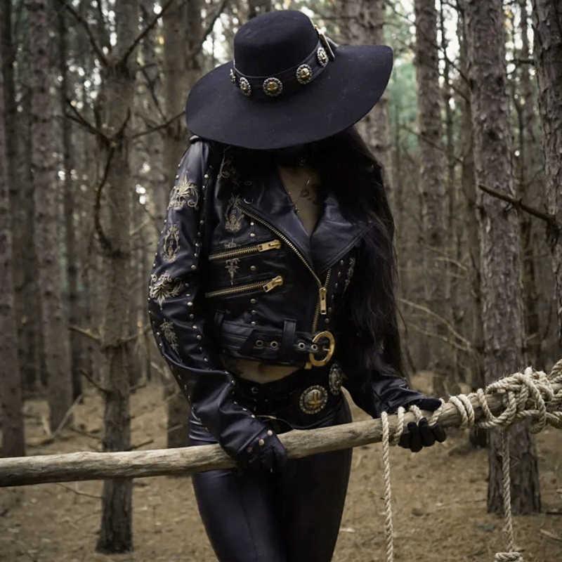InstaHot пальто из искусственной кожи с вышивкой, мотоциклетная черная кожаная куртка на молнии, женская зимняя куртка с заклепками в готическом стиле