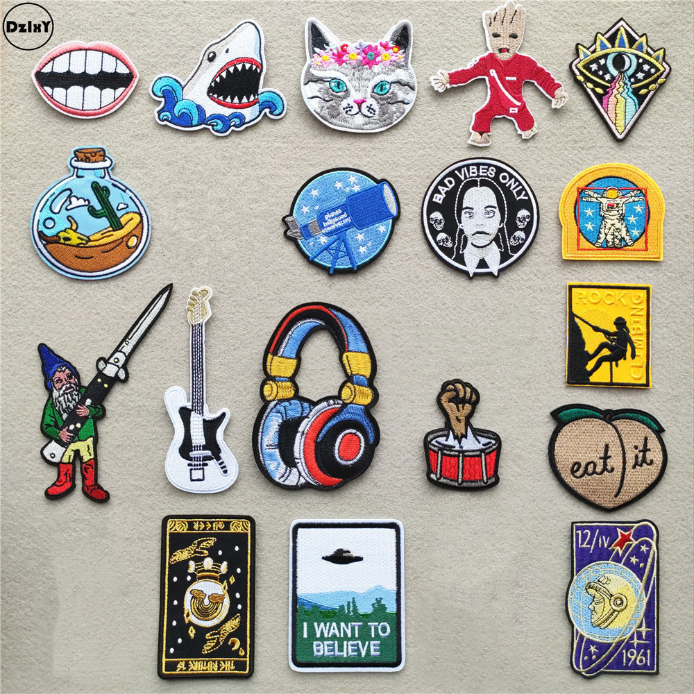 Headset Clothing Patches Iron On Stripes Spaceship For Badges Guitar Sticker On Clothes Embroidery UFO Alien Appliques