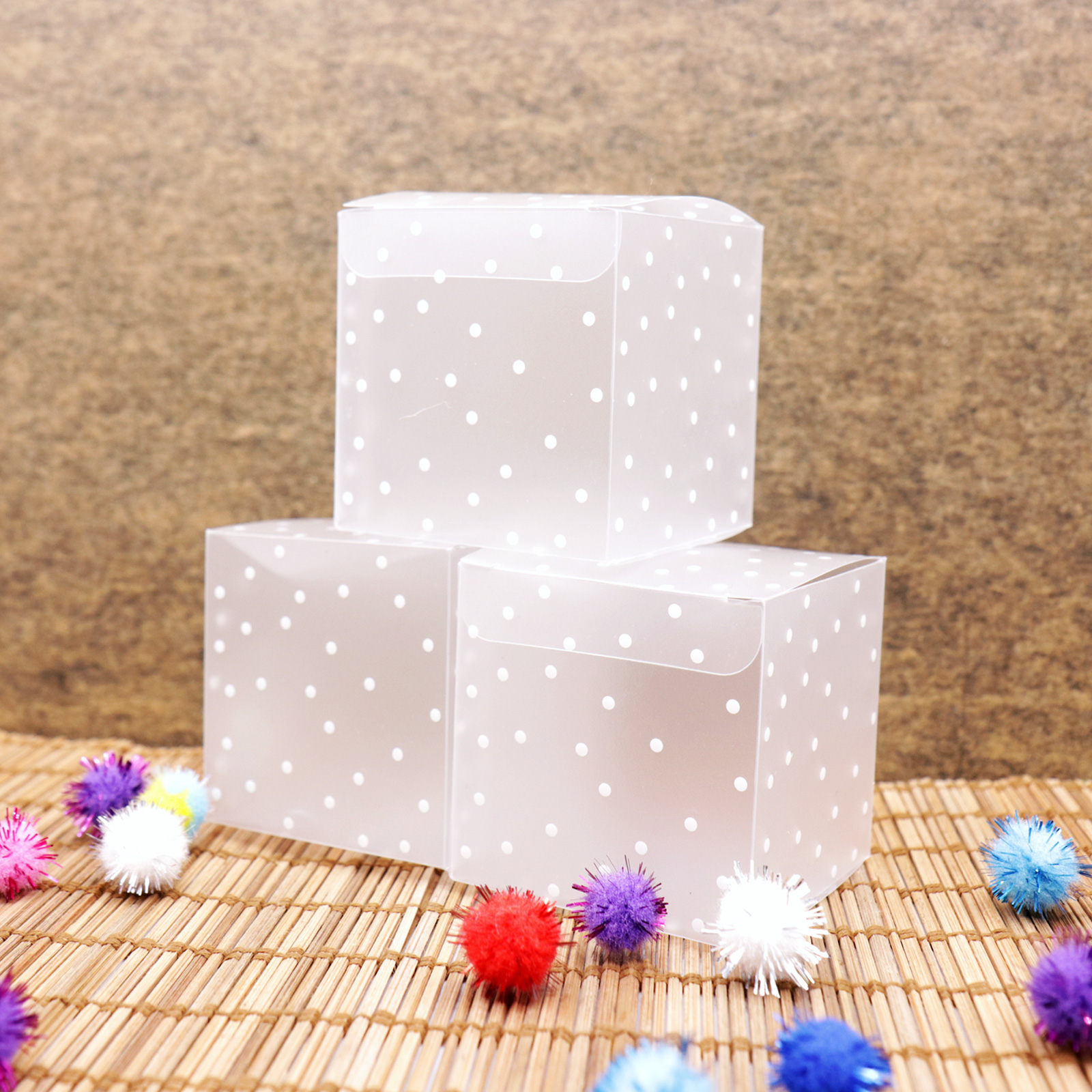 10pcs PVC Square Transparent Clear Dot Candy Box Chocolate Package Gift Box Cube For Wedding Birthday Christmas Party Decor