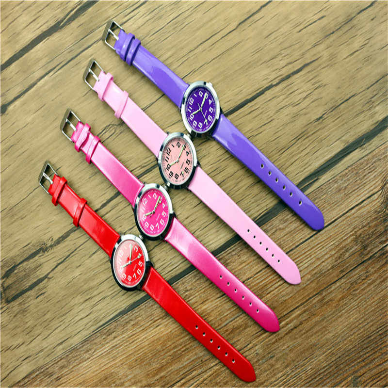 1pc enfants belle cadran en cuir montre petits garçons et filles lumineux mains cadeau horloge offre spéciale