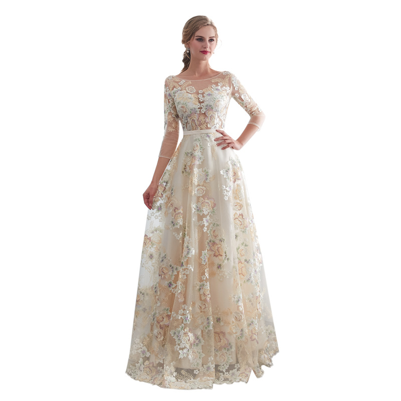 Sexy Lace Wedding Dresses Luxury Plus Size Wedding Dresses Bohemian Women Dress Party Charming 3/4 Sleeves Wedding Gown Colorful