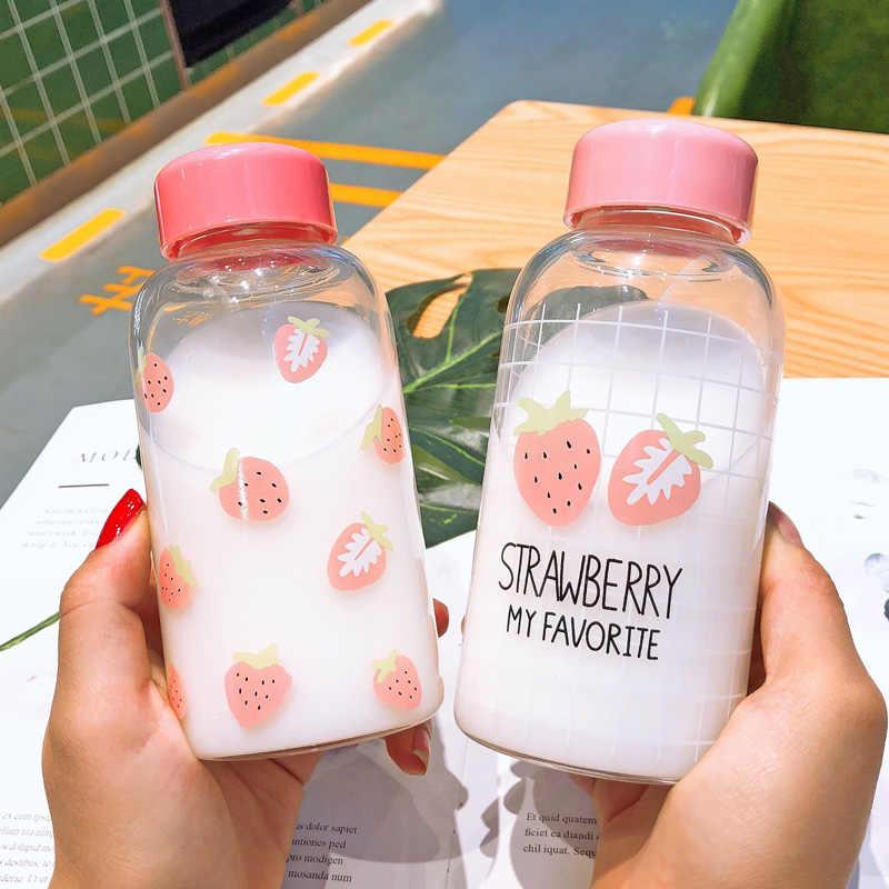 Botella de agua de fresa Kawaii taza de cristal transparente linda de dibujos animados con caja protectora botella de beber para regalos de estudiante de niña