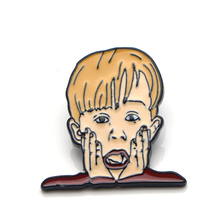 Home Alone Macaulay Culkin cartoon cute Zinc Alloy Pin backpack clothes brooches for men women hat badges medal decoration E0387