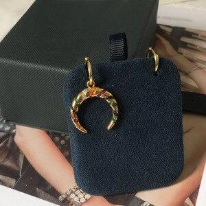 Image 4 - Umgodly moda brincos amarelo cor de ouro assimétrico multicolorido zircão listras lua crescente tribal brincos hoop feminino jóias