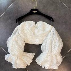 Sexy Lace Blouse Woman 2020 Spring New Three-dimensional Puff Sleeve Sexy Chest Bra Shirt Ladies Catwalk Lace Shirt Tops