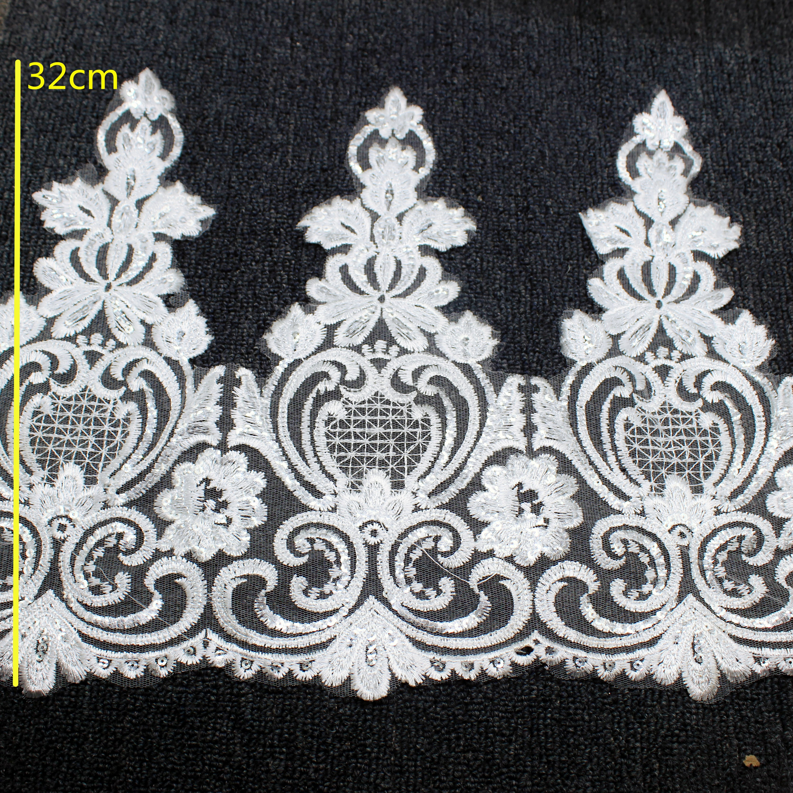 White 4 Pieces Beaded Applique AMORE FABRICS 3.25 x 6.5 inch