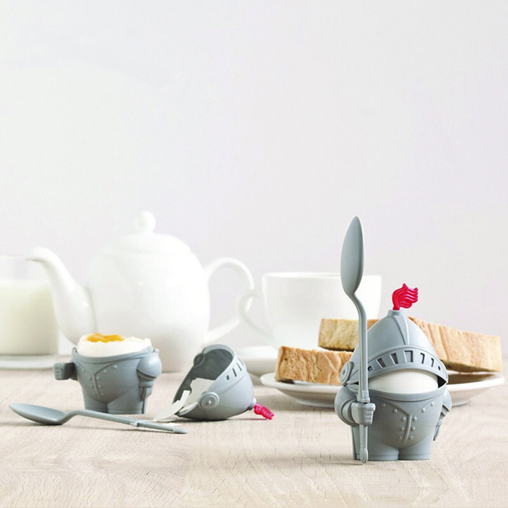 1Pc Cute Creative Knight Shape Egg Holder Children Breakfast Soldier Egg Cup Holder Kitchen Gadgets