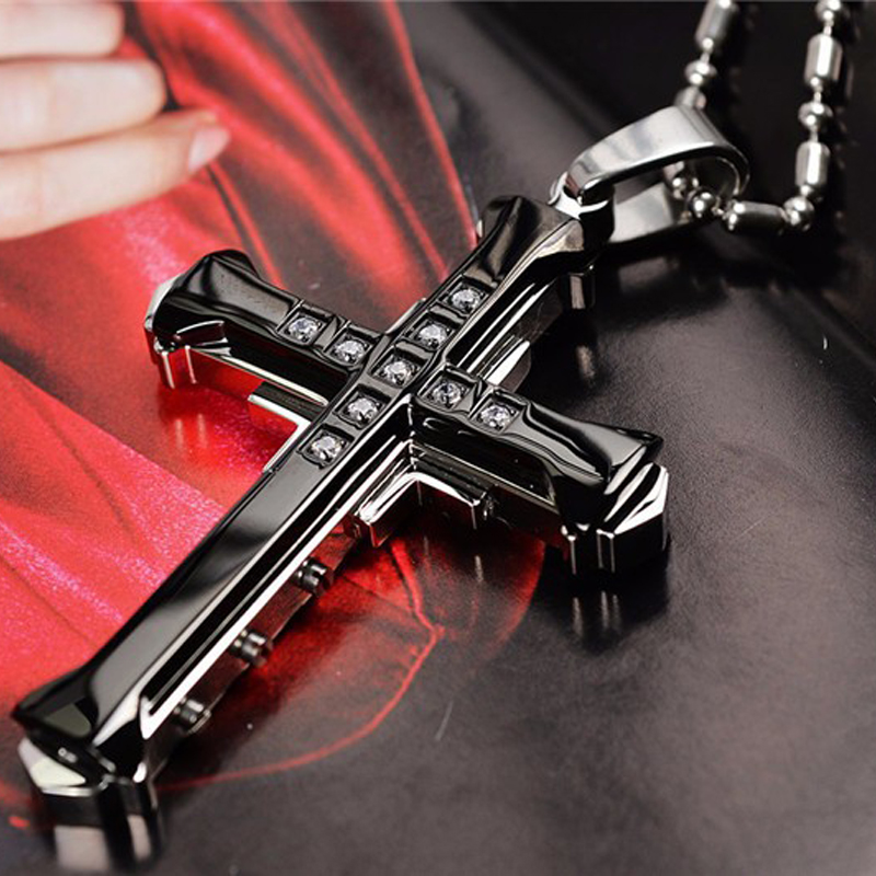2021 New Male Crystal Cross Jesus Pendant Gold/Black/Blue Color Zirconia Cross Pendant Necklace Stainless Steel Jewelry