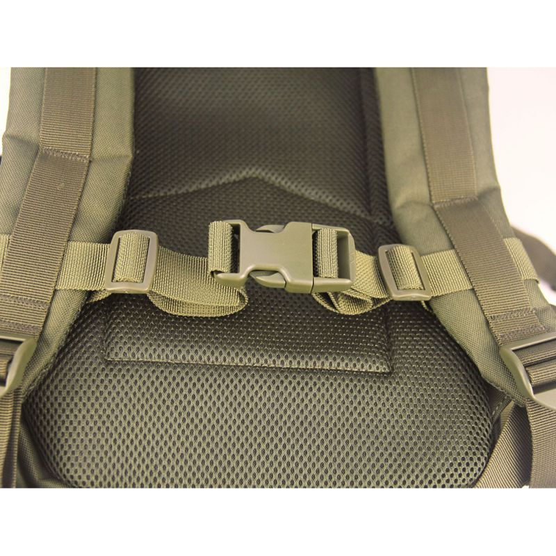 Camouflage Green Backpack Chest Strap Adjustable Backpack Heavy Duty Chest Strap Belt For Hiking And Jogging  Non-slip Pull Belt