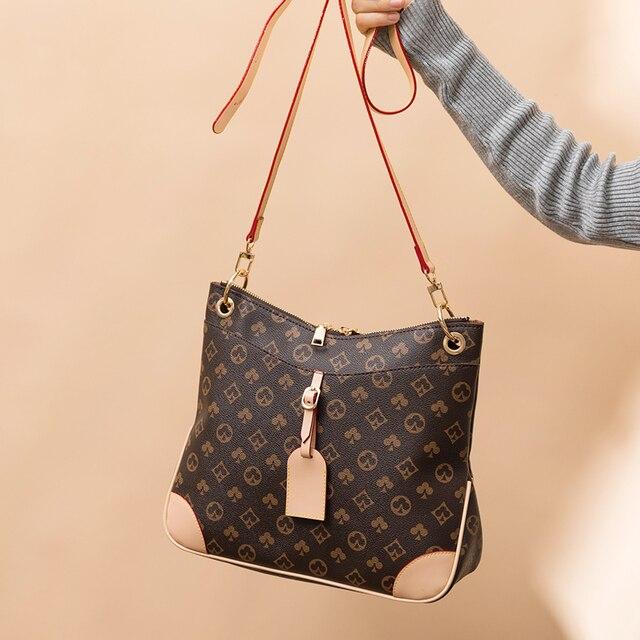 Luxury Large Capacity Bucket Bag  3