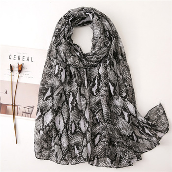 цена на Leopard Snakeskin Cotton Linen Scarf Classic  Pattern Fashion Voile Shawl Tiger Warm New  Women Scarf