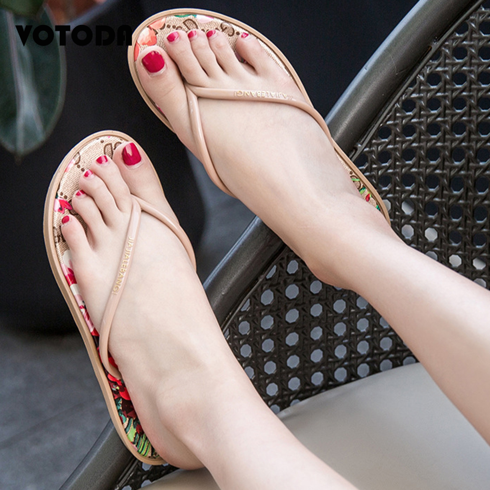 Women Flip Flops Summer Slippers Beach Shoe Ladies Jelly Sandals Indoor Home Flat Bathroom Slipper Fashion Outdoor Casual Slides